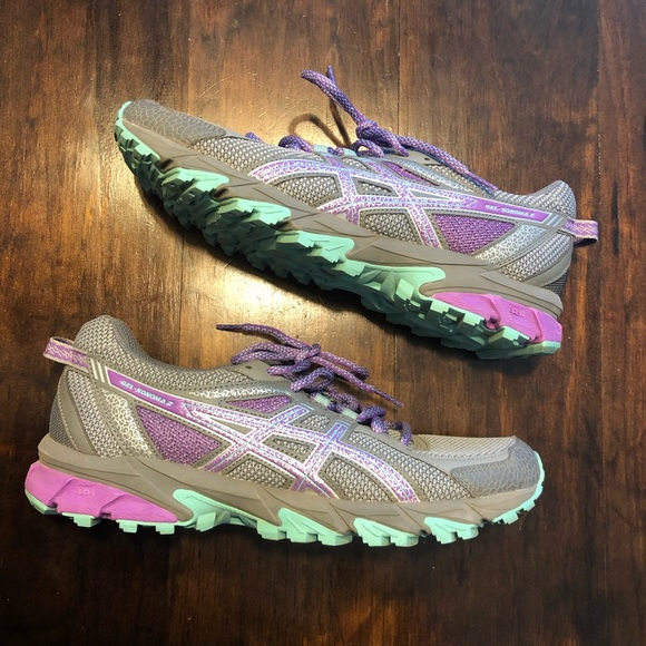 48be020b ASIC trail running shoe